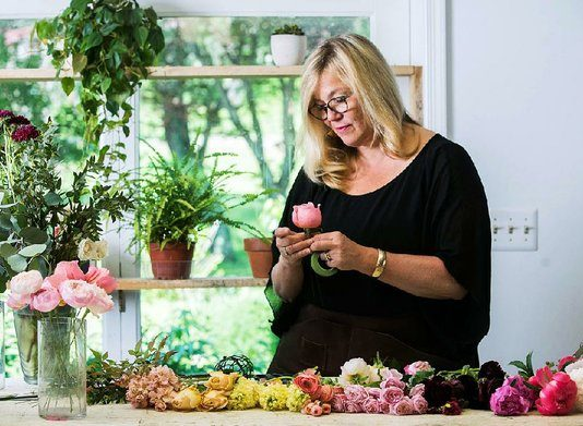 Instagrammers are in love with one self-taught florist